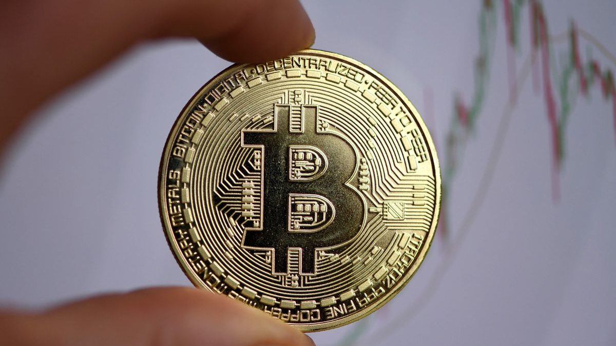 Do you know Bitcoin Shoots Into 2020 New Year With 9,000,000%?